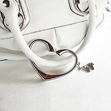 """A Heart to Carry"" Purse Valet with W* Charm"