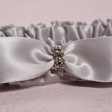 Bridal Garter Set in Platinum