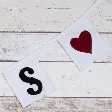 Mr And Mrs Red Hearts Square Bunting