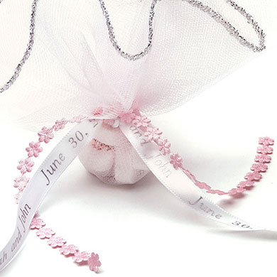 mini flower chain wedding ribbon favors