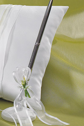 Bridal Beauty Calla Lily Elegance Wedding Reception Pen in Silver