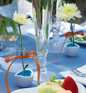 Small Contemporary Wire Wedding Reception Vases