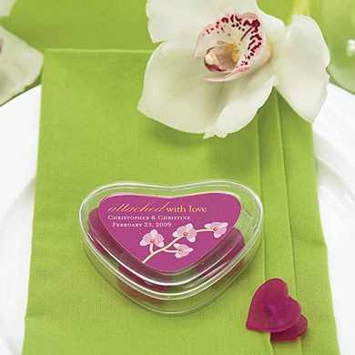 Clear Heart Wedding Favor Containers with 4 Heart Shaped Clips
