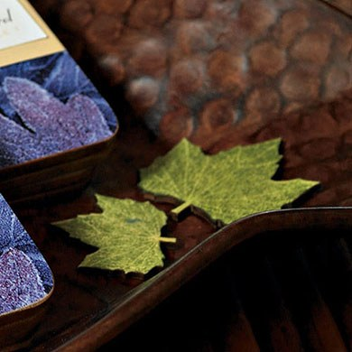 wedding reception maple shaped green leaves